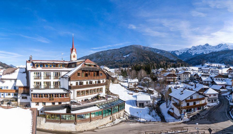 hotel_post_im_winter_hotel_post_-_tolderhof_-_villa_prugger