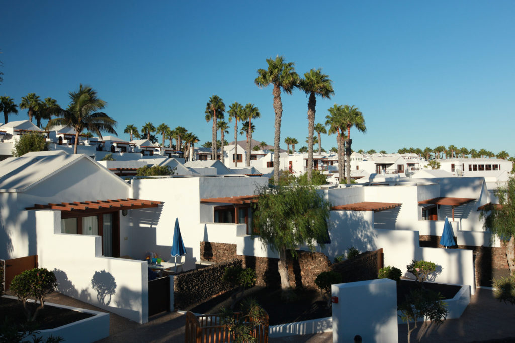 FAMILY-LIFE-Hotel-Flamingo-Beach-Lanzarote