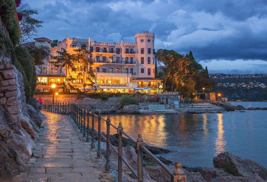 Kroatien, Kvarner Bucht, Opatija Riviera, Opatija, Hotel Miramar